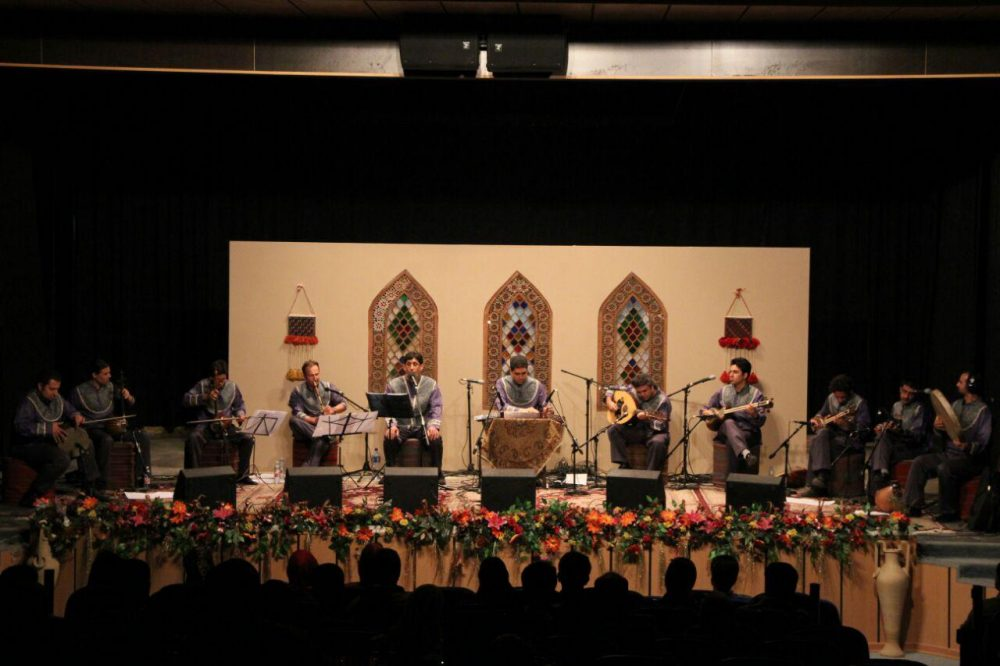 کنسرت گروه موسیقی ققنوس